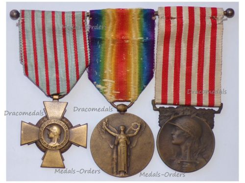 France WW1 Set of 3 Medals (Victory Interallied Medal by Morlon, WW1 Commemorative Medal by Janvier-Berchot & Combatants Cross)