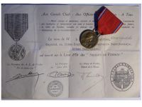 France WW1 Verdun Medal 1916 by Vernier Marked by the Paris Mint with Monolingual Diploma to an NCO of the 10th Territorial Infantry Regiment