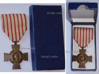 France WW1 Combatants Cross Boxed