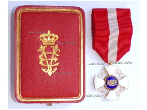 Italy WW1 Order of the Italian Crown Knight's Cross King Vittorio Emanuele III Boxed by Cravanzola
