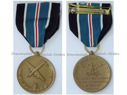 USA Berlin Airlift Medal For Humane Actions 1948 1949 Cold War Commemorative Military Decoration Award